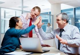 Kunden freuen sich über professionelle Suchmaschinenoptimierung